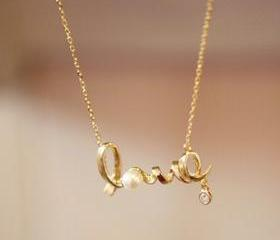 romantic love pendant necklace Beauty jewelry